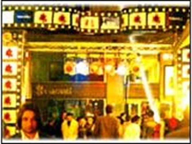 Beyoğlu'nun devrimci hali: Festival